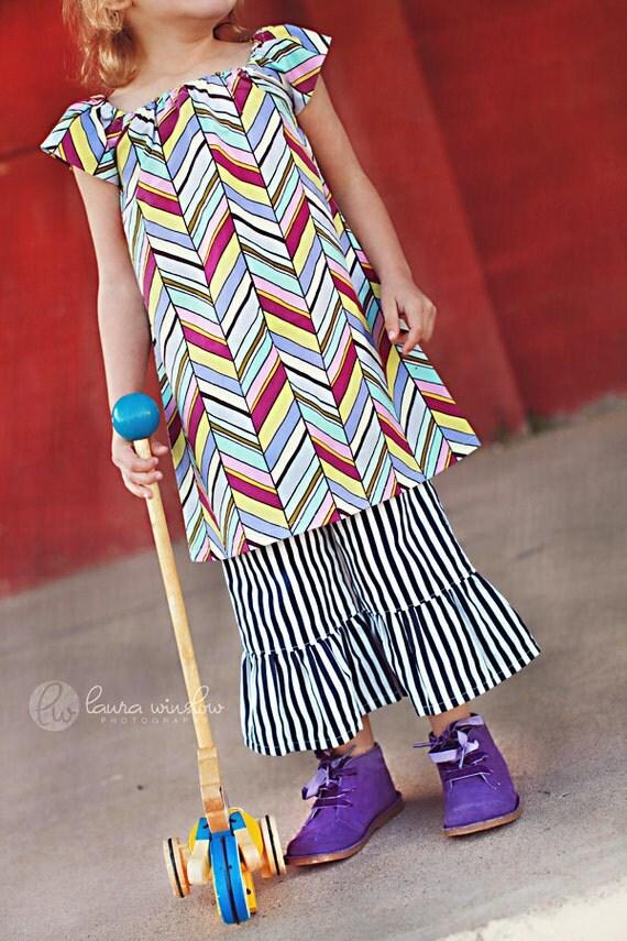DRESS SALE . Chevron Girls Peasant Dress . Tunic . Violet Chevron