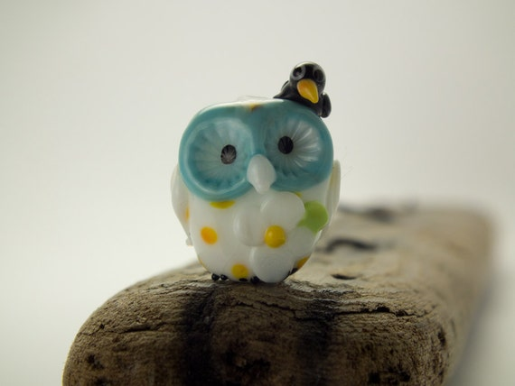 Bonnie and Clyde... lampwork feathered friends bead......... sra..... FREE SHIPPING