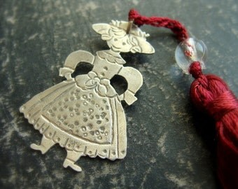 Victorian doll Girl charm - Sterling silver victorian doll necklace - Metalwork necklace - Christmas Bookmark charm - Stocking stuffer