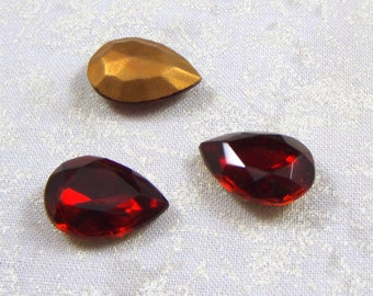 Vintage Glass Jewels or Stones, Siam Ruby Red, 18X13 MM Pear Shaped, 2