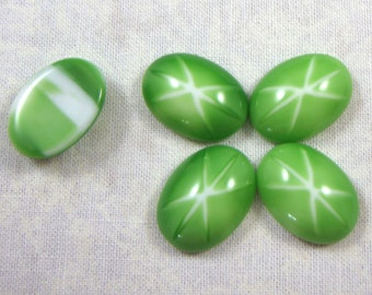 Vintage Glass Light Green Faux Star Stones, 18X13 MM Oval, 4