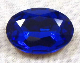 Vintage Oval Sapphire Blue Glass Jewel or Stone, 25X18 MM