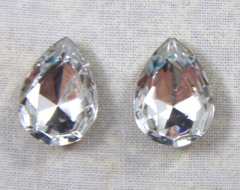 Vintage Pear Shaped Crystal Clear Glass Jewels or Rhinestones, 18X13, 2