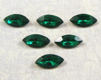 Vintage Glass Jewels or Rhinestones, Emerald, 15X7 MM Navette, 6