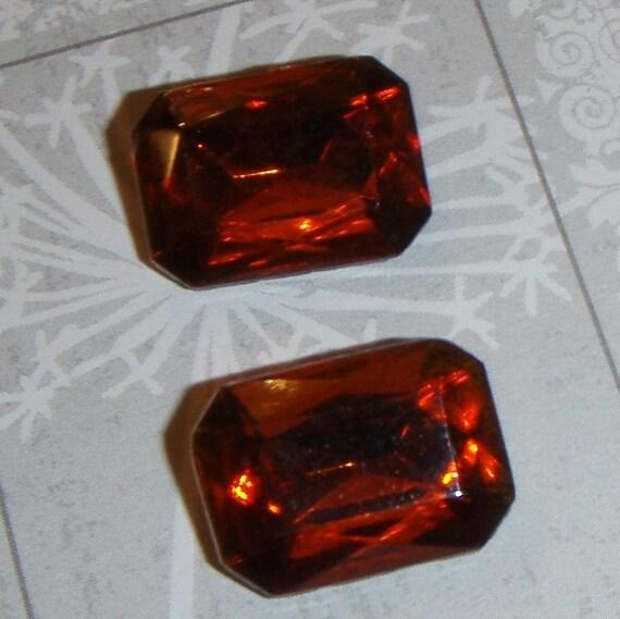 REDs VINTAGE RECTANGULAR MADEIRA TOPAZ GLASS JEWELS OR STONES (2)