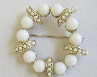 Vintage White plastic Bead Circle or Wreath Pin or Brooch