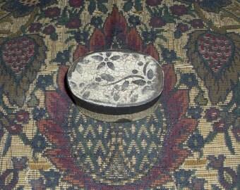 Paper Mache Primiitve   Colonial Ring or Needle Box
