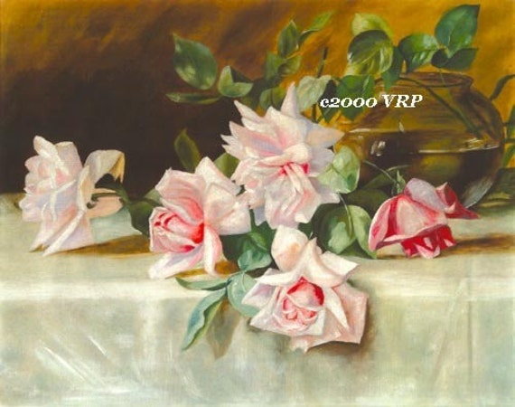 Exquisite Victorian Pink Roses Print Rose Vase