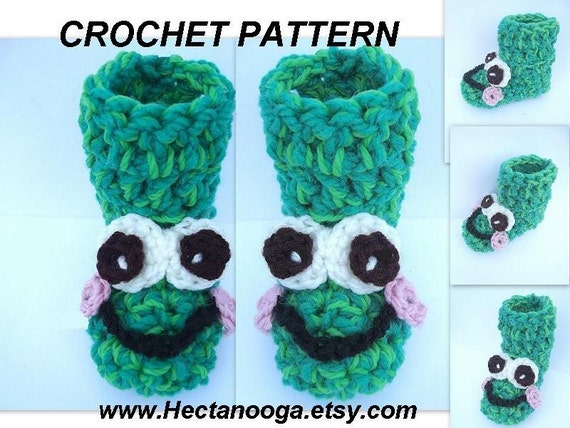 Crochet PATTERN FROG bootie slippers - num 368 all sizes- boys, girls, childrens, teens, adults,