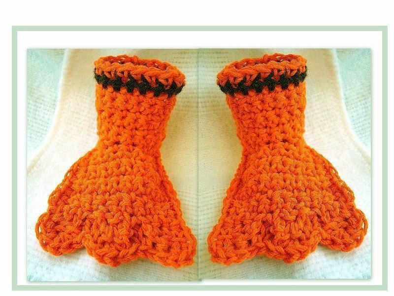 Amigurumi Bird Feet : CROCHET PATTERN Duck Feet Slippers Play clothes by Hectanooga