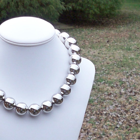 Decker - Chunky Metallic Silver 20mm Round Beaded Necklace - LAST ONE