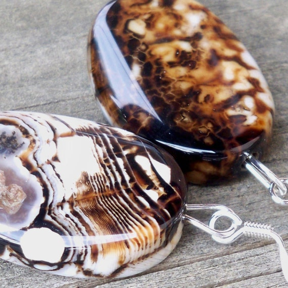 Marcia - 30mm Brown and White Cracked Amber Agate Oval Gemstone Silver Dangle Fish Hook Earrings - Animal Print