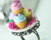 Marie Antoinette Cupcake Ring in Polymer Clay. Under 30 USD. Handmade Miniature Polymer Clay Food Jewelry.
