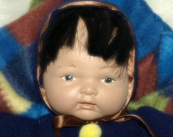 AK Blanket Puppet Ceramic Doll