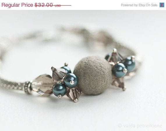 Metal Grey and Dark Blue Teal Bracelet with Handmade Felt - Weightless Elegance - Nice Gift under 50 USD - ready to ship
