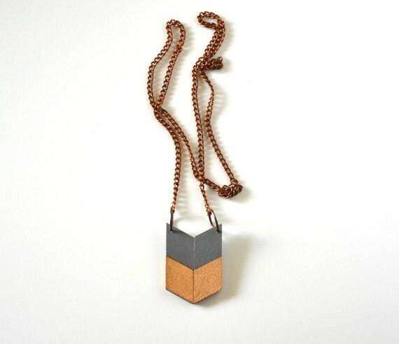 Yuchi Mini Arrow Chevron Tribal Necklace in Gray and Gold Color Block Geometric