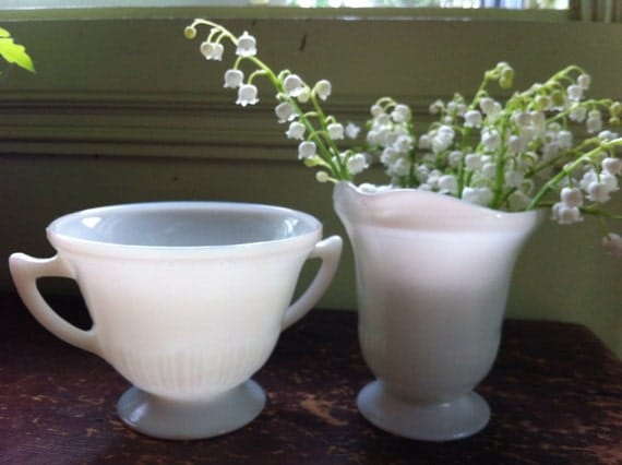 Beautiful Corex by Corning Pyrex Ivory Cream and Sugar Set