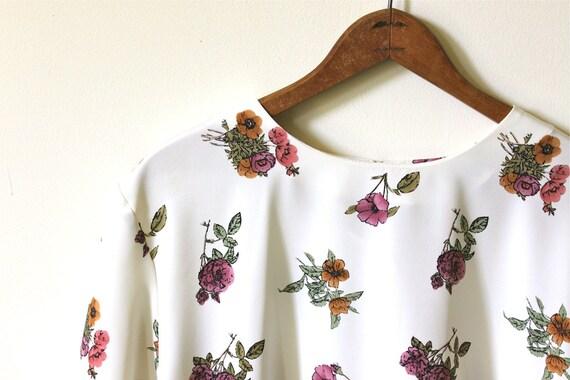 vintage FLORAL print blouse. XL