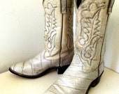 Vintage Westex Cowboy Boots size 12 EE in a creamy off white or light grey -- great for upcycling or paint project