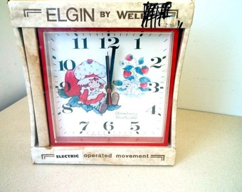 1981 Strawberry Shortcake Electric Elgin Wall Clock  by Welby - NEW OLD STOCK  nos
