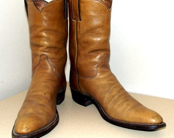 Broken In Vintage Justin brand Cowboy Boots - caramel brown leather Size 10 AAA Narrow