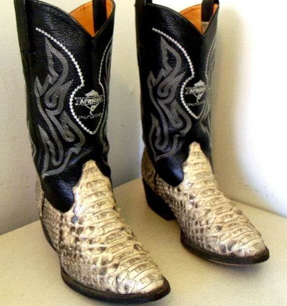 Fabulous Vintage Black Cowboy Boots with snakeskin size 9 or Cowgirl size 10.5