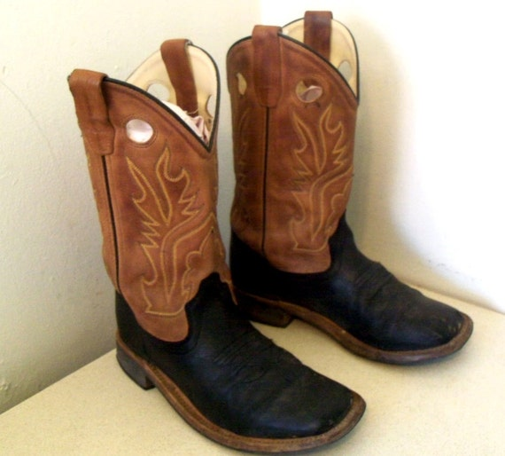 Funky Retro Old West Cowboy boots size 4.5 or Cowgirl size 6