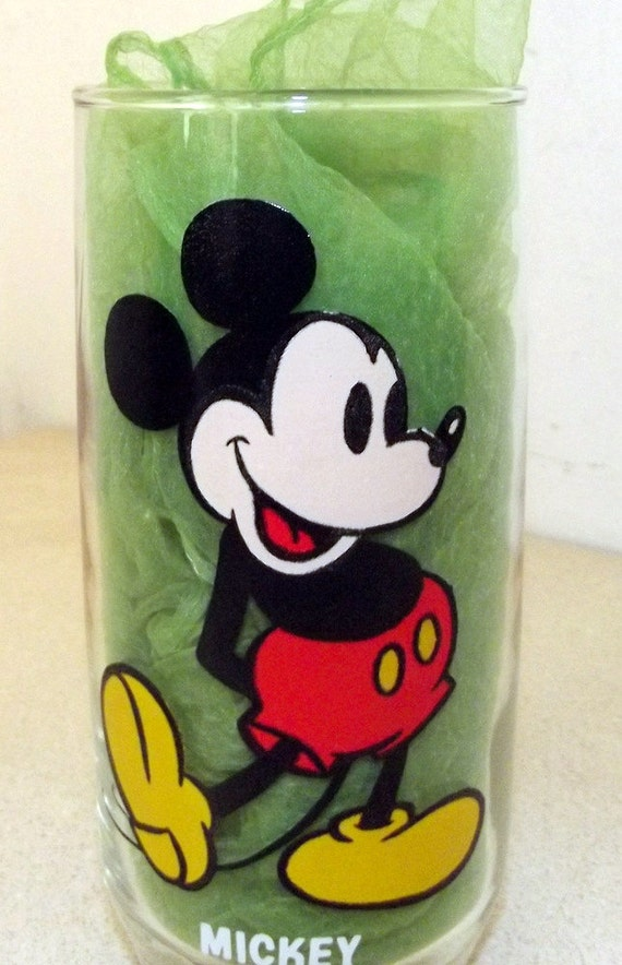 Vintage  Mickey Mouse cartoon -- Pepsi Collector series