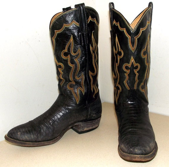 Rockin' Black leather and lizard Tony Lama cowboy boots with an 8 thread stitched design