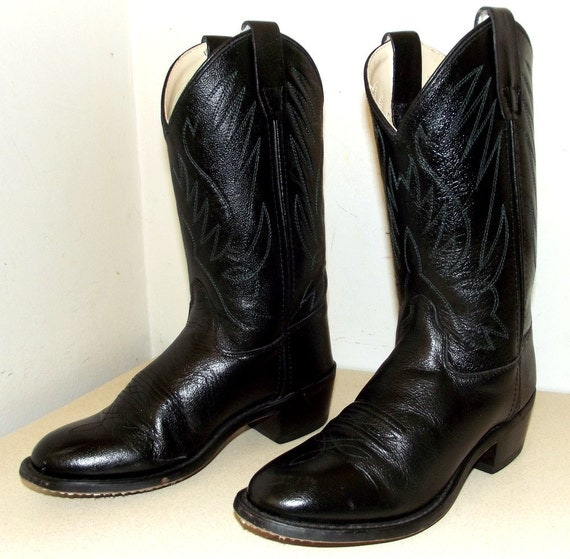Fun Black Leather with green embroidery cowboy boots size 5 or cowgirl size 6.5