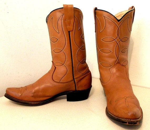 Vintage Caramel Tan Texas Custom Cowboy boots size 6 D or cowgirl size 7.5
