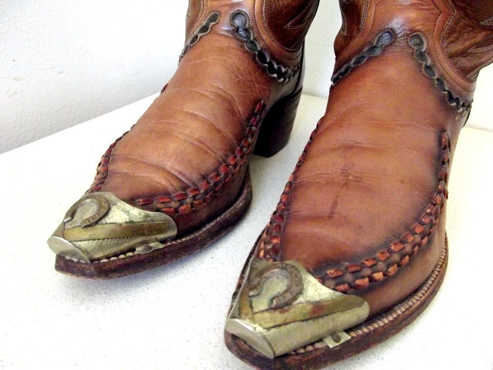 Fabulous Vintage Dan Post Brand Cowboy Boots Size 8 B With The