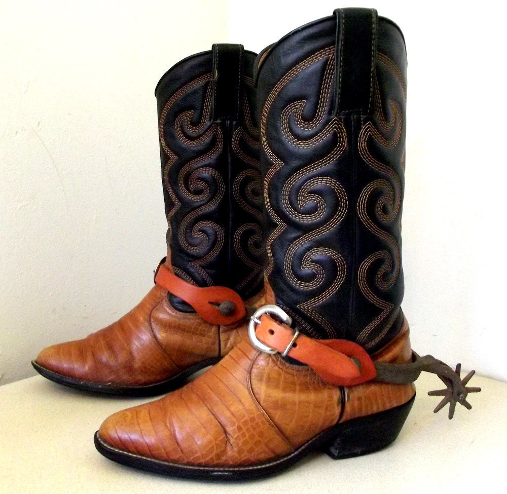 Vintage Authentic Cowboy Boots with real spurs size 7 W or