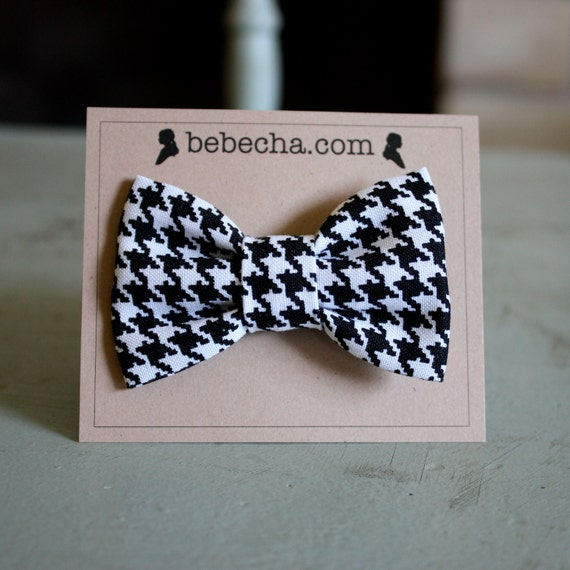 Houndstooth Hair Bow - black and white