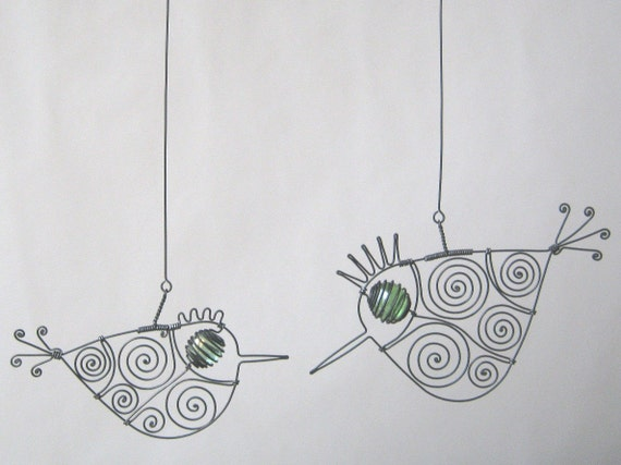 Wire Couple In Green