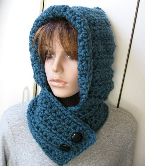 Items similar to Chunky Wool Blend Hooded Neckwarmer/Cowl ...