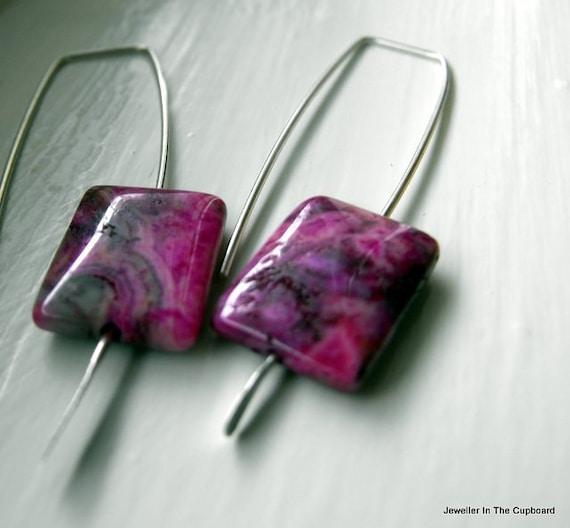Pink earrings, Fuchsia Earrings, Agate Earrings, Silver Earrings, Modern Earrings, Geometric Earrings