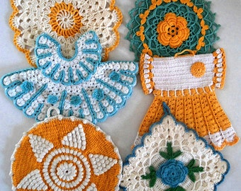 Vintage Blue and Yellow Potholders Pattern PDF