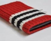 iPhone / iTouch 5G Hand Knit Chicago Blackhawks NHL Hockey Sock Cozy Case