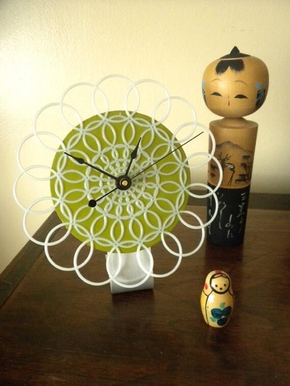 SALE - desktop doily clock