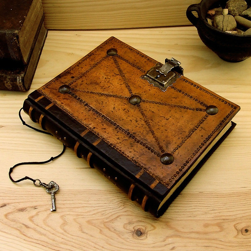 Old Leather Journal With Key Leather Journal / Blan...
