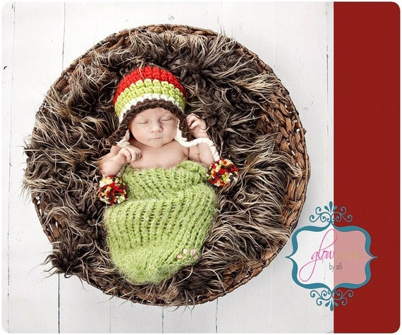 One Day Sale - 40% Discount / Crochet EARFLAP BABY BEANIE WITH POMPOMS / 3 - 6 MONTH /  6 - 12  MONTH  / CREAM ,BROWN ,GREEN ,RED