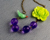 Free Shipping Lime Green Flower Vintage Lily Lucite Lampwork Bird Necklace