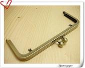 8 inch x 3 inch anti brass brush purse frame (with loops)   Y4