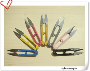 one pcs yarn cutting scissors (random colour )AB34
