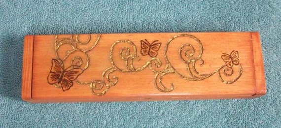 Butterflies and Gold Vines Box