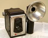 Vintage Spartus Twin Lens Reflex Bakelite Camera with Flash