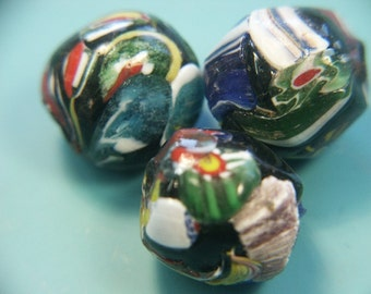 Lot of 3 large gorgeous vintage 1980s hanworked almost oval multicolor glass beads for your beading prodjkect