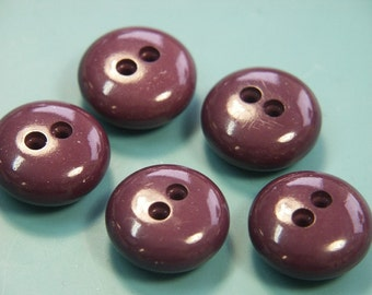 Lot of 5 vintage 1960s unused dark purple lilac plastic buttons for your sewing prodjects
