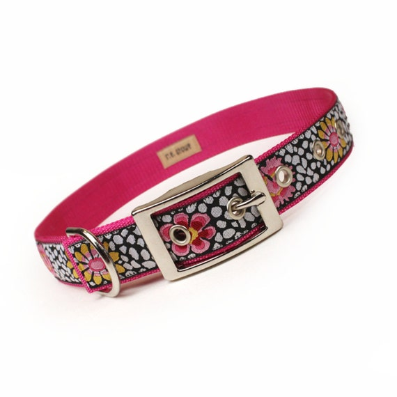 SALE - pink and black bold floral metal buckle dog collar (1 inch)